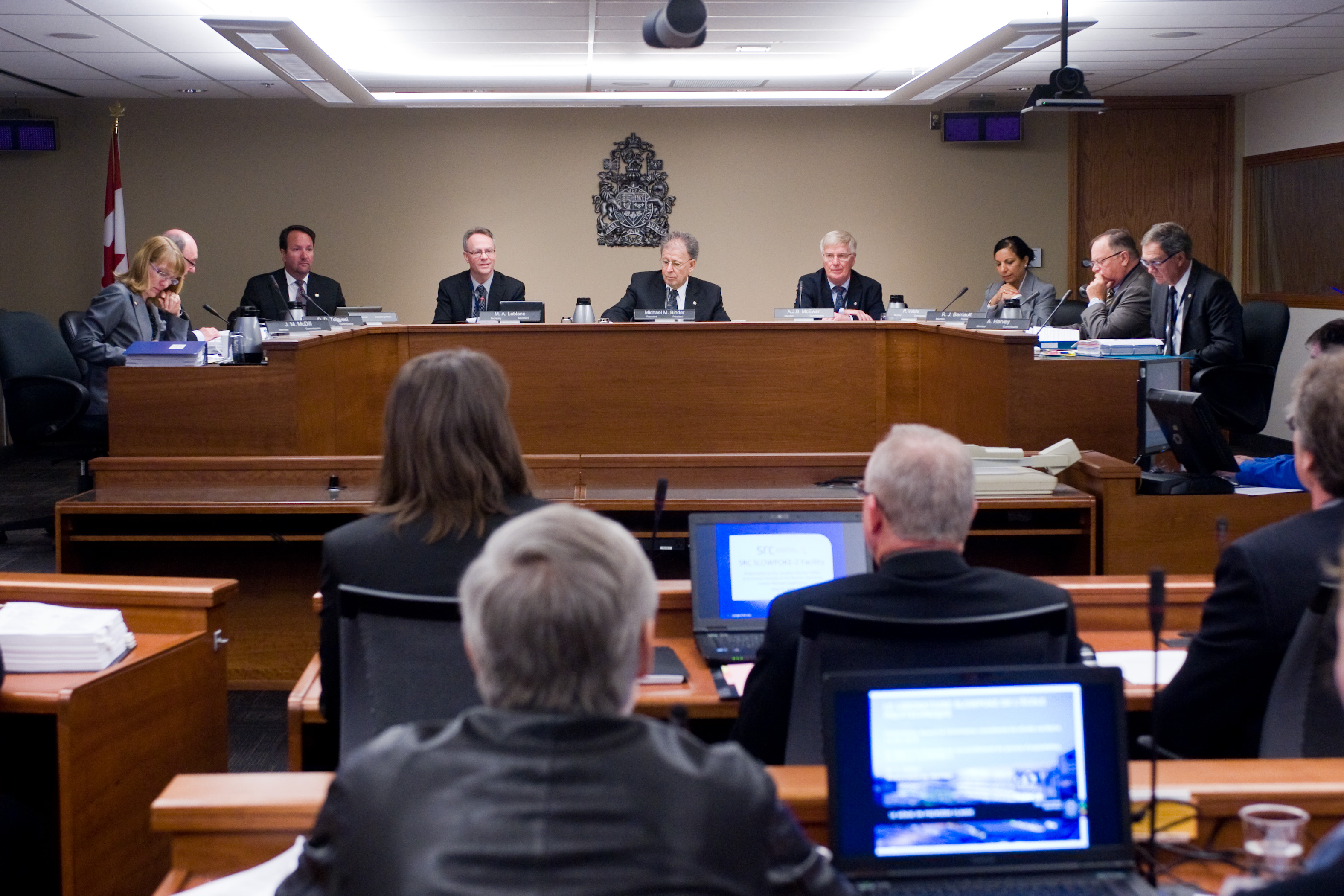 photo of a cnsc hearing