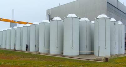 Image    des silos de béton d'EACL à Douglas Point