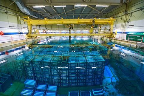 Image de    piscines de stockage du combustible usé à la centrale nucléaire de Pickering