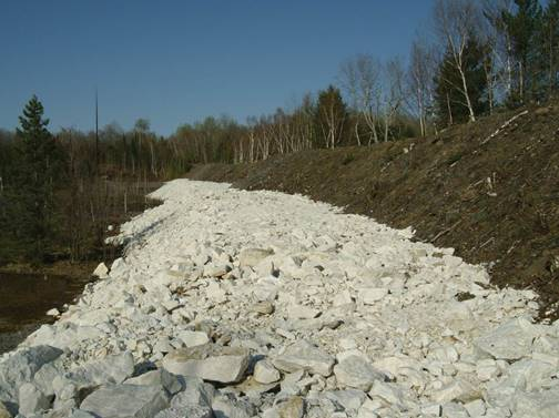 Image of main tailings dam at Dyno mine site